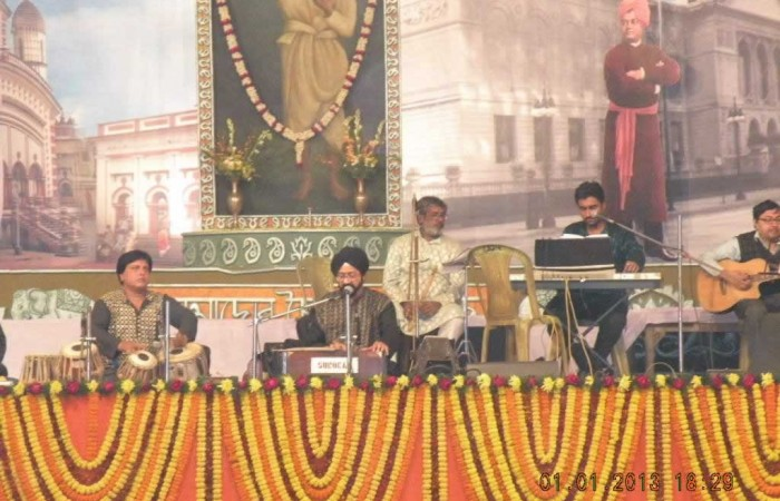 ShyamaSangeet and Devotional Song by Sri Manmohan Singh and his Troop