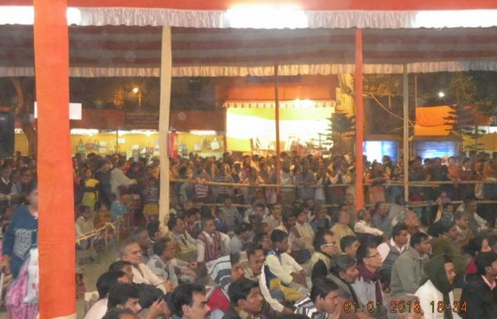 Devotee's Gathering in Main Pandal